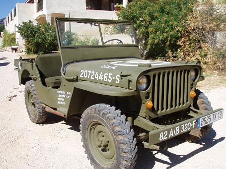 vends jeep willys mb. Black Bedroom Furniture Sets. Home Design Ideas