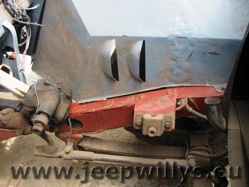 Caisse de jeep willys caisse de jeep willys avant restauration
